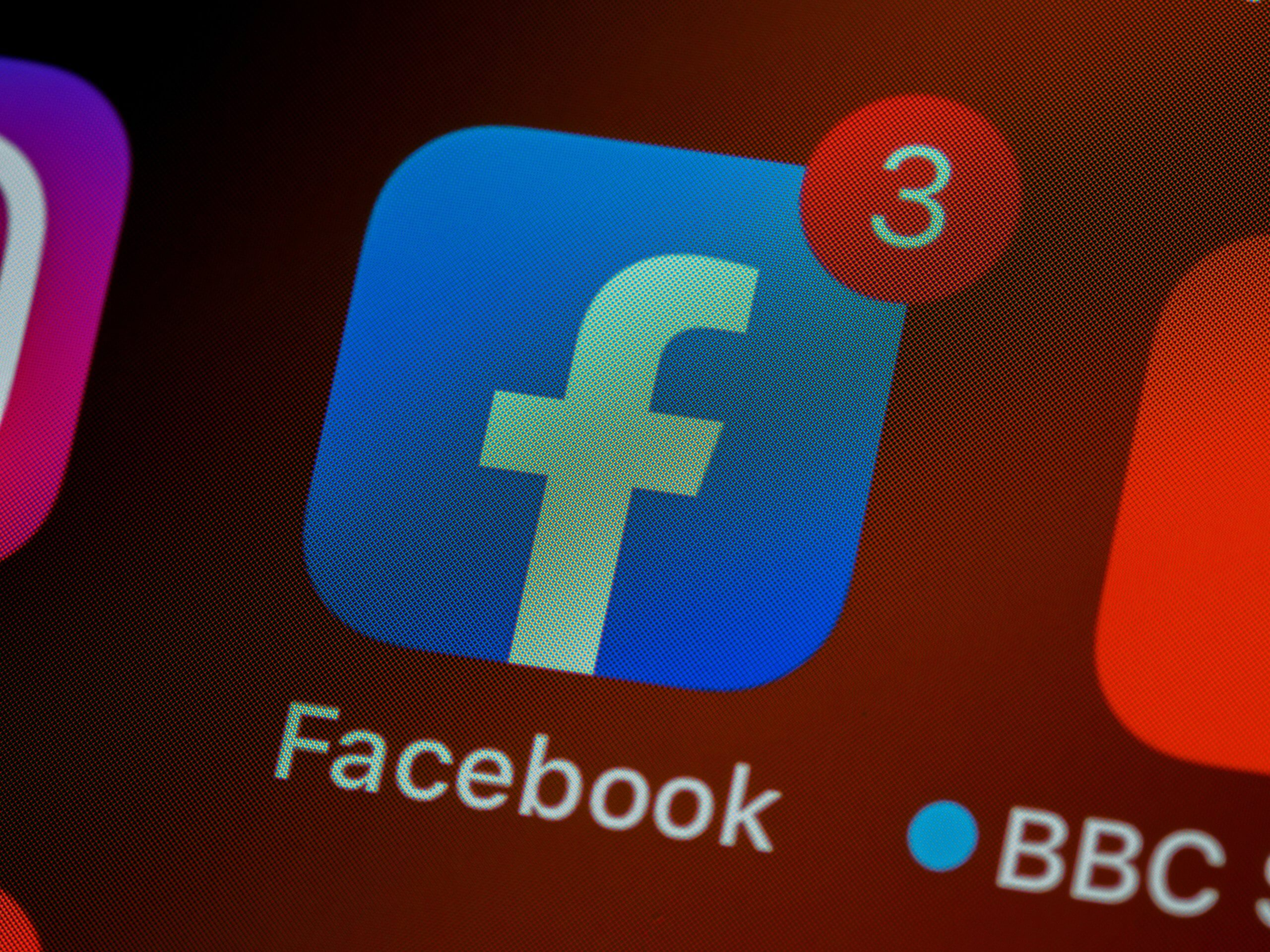 Facebook Ads vs Boosted Posts: Which Is Best For Your Business?